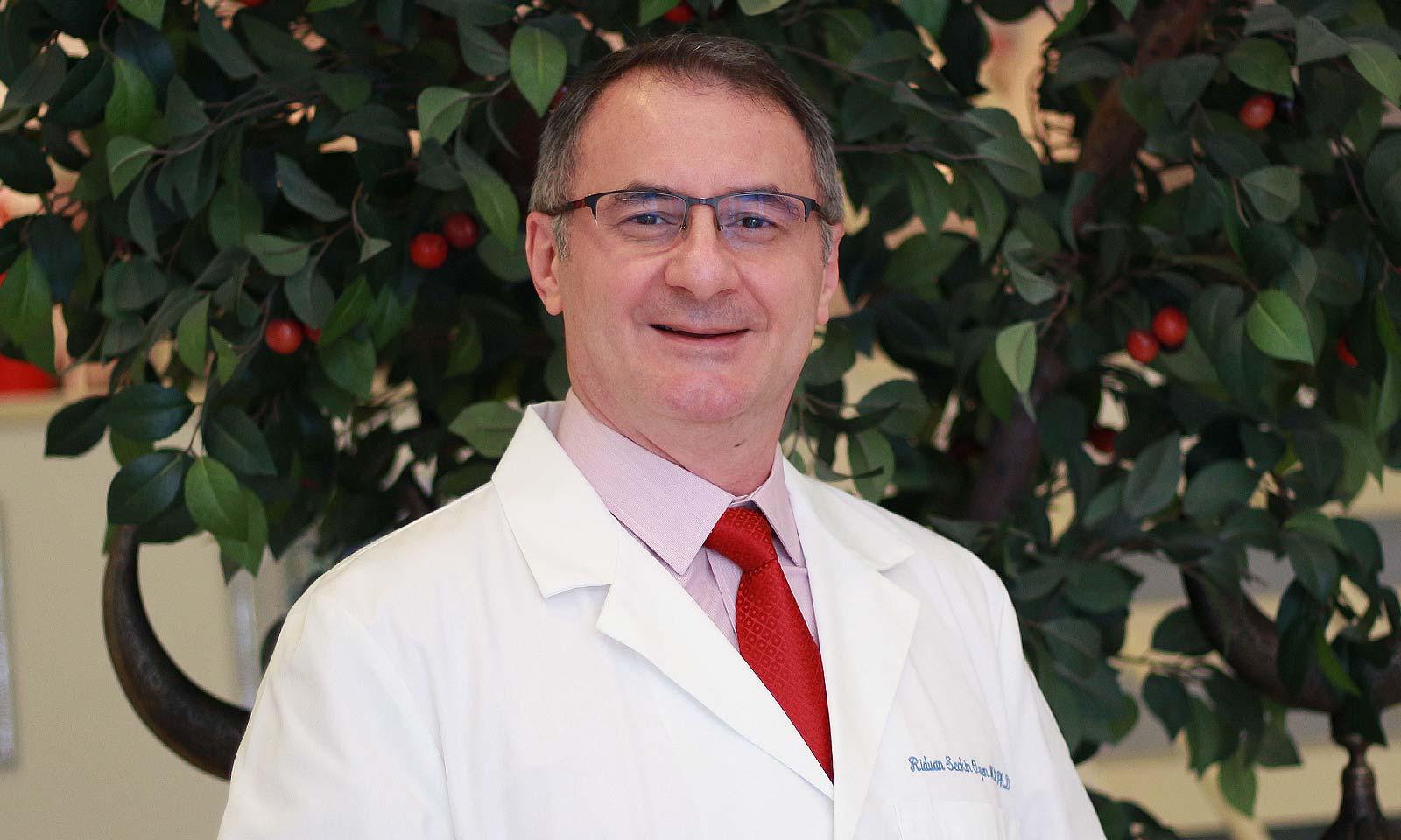 Dr. Rıdvan Seçkin Özen